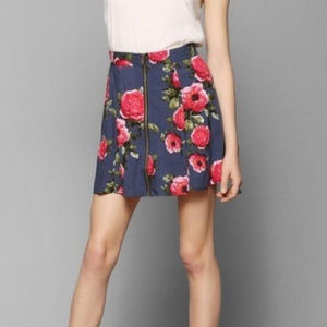 URBAN OUTFITTERS Pins & Needles Med Skirt Floral